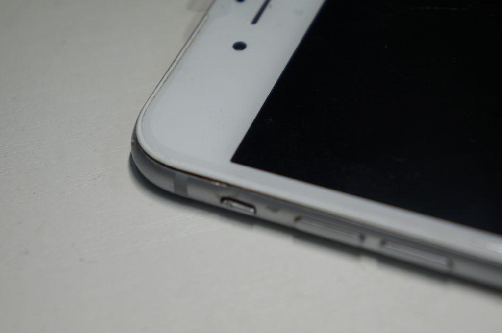 バイブスイッチあたりを強打し画面割れ 液晶パネル交換 iPhone6 Plus 6