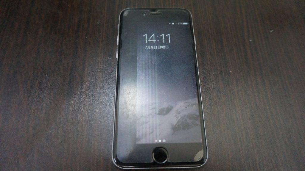 液晶に縦線が出る 液晶パネル交換 iPhone6 1