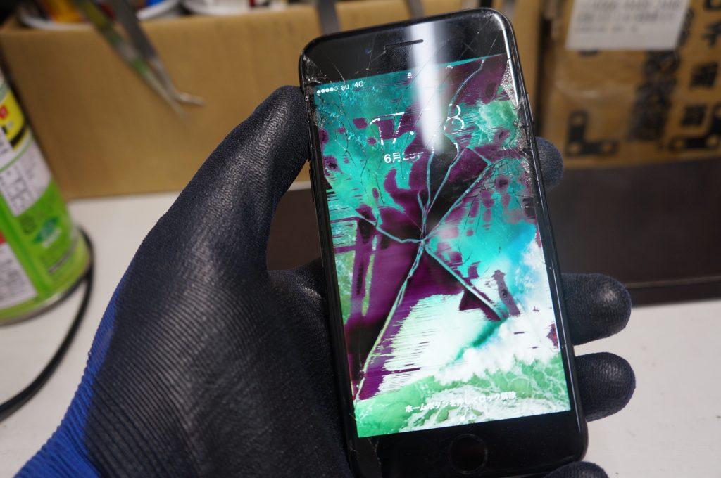 液晶漏れ(割れ) 液晶パネル交換 iPhone7 1