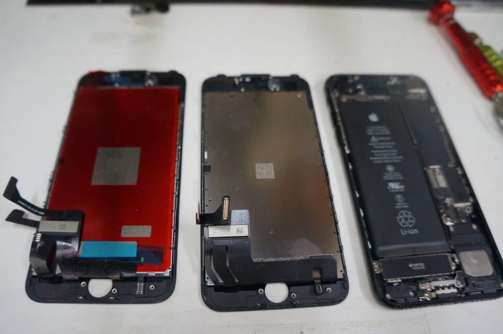 液晶漏れ(割れ) 液晶パネル交換 iPhone7 6