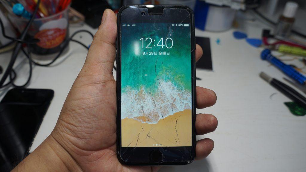 画面割れ→液晶パネル交換 iPhone7 2
