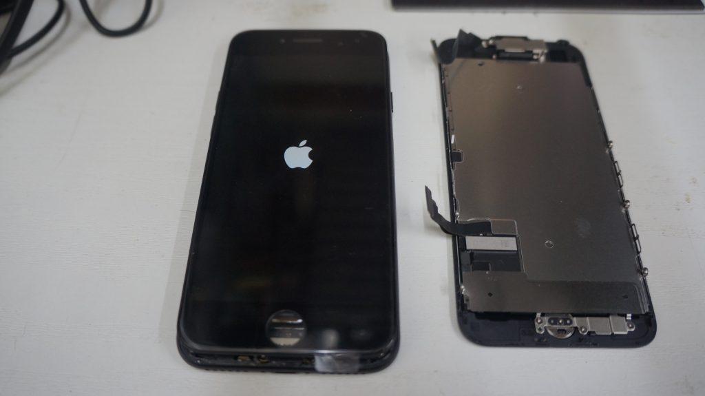 画面割れ→液晶パネル交換 iPhone7 5