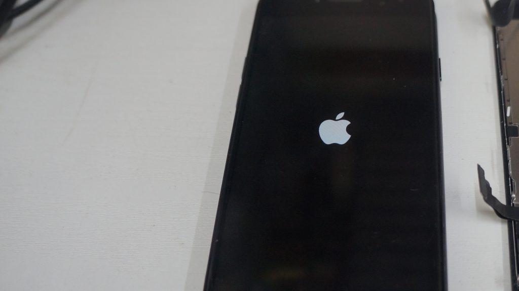 画面割れ→液晶パネル交換 iPhone7 6