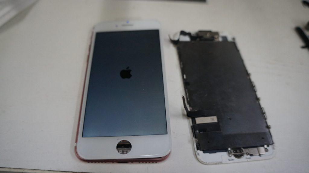 液晶割れ液晶漏れ 液晶パネル交換 iPhone7 4