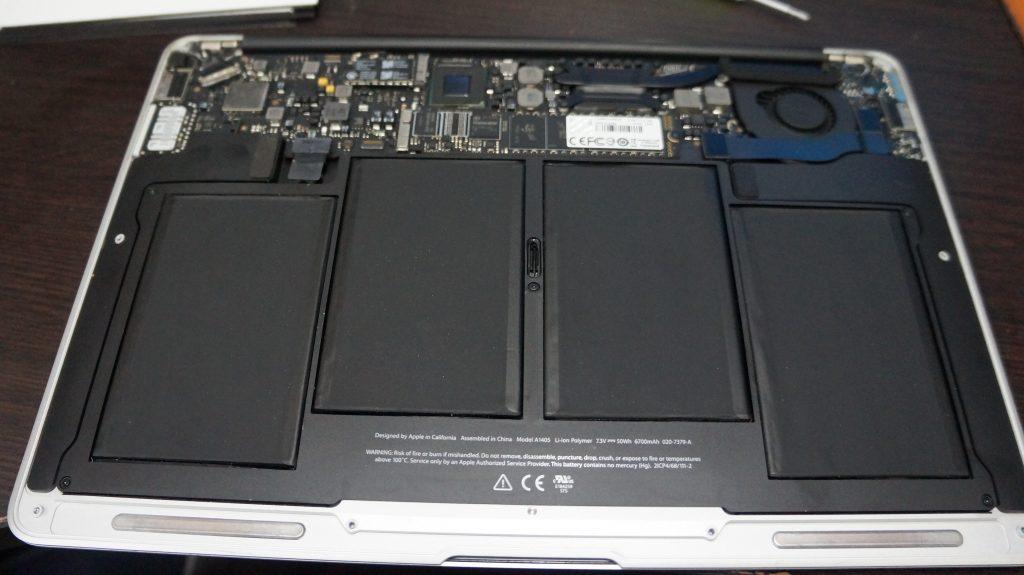 何かをこぼしキーボードが使えない キーボード交換 Macbook Air A1466 2