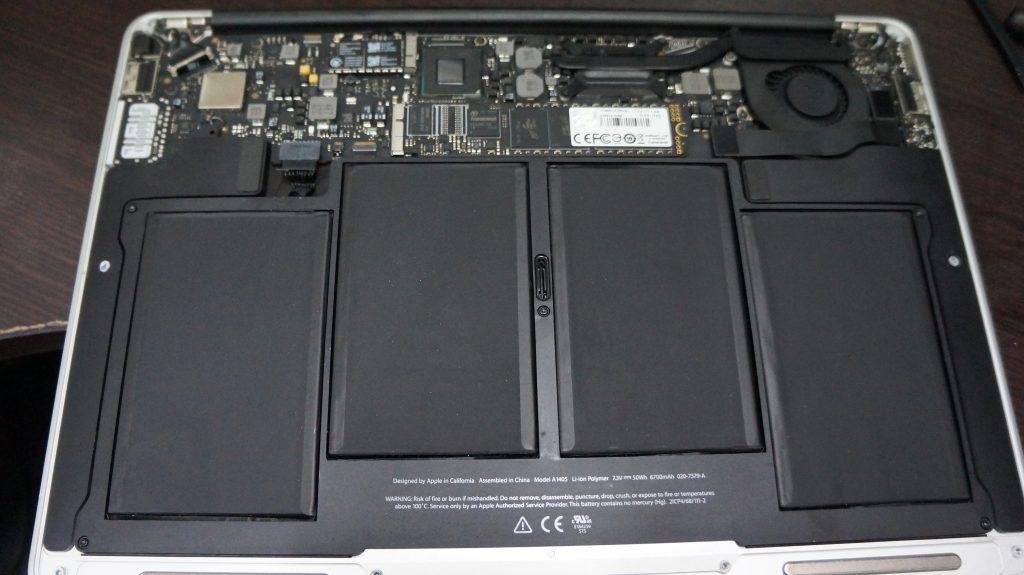 何かをこぼしキーボードが使えない キーボード交換 Macbook Air A1466 6